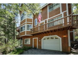 Photo of 995 Teakwood Drive, Lake Arrowhead, CA 92352 (MLS # IV17192745)