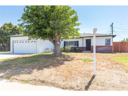 Photo of 265 S Tamarisk Avenue, Rialto, CA 92376 (MLS # IV18147685)