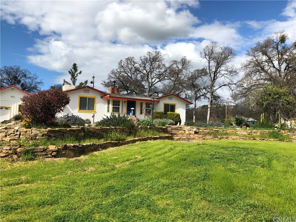 Photo for 2811 State Highway 140, Catheys Valley, CA 95306 (MLS # MP19064532)