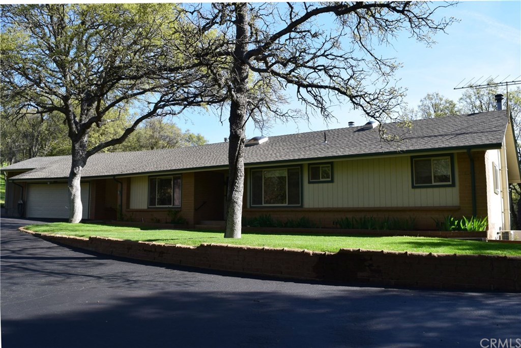 Photo for 5400 State Highway 49 N, Mariposa, CA 95338 (MLS # MP19085438)