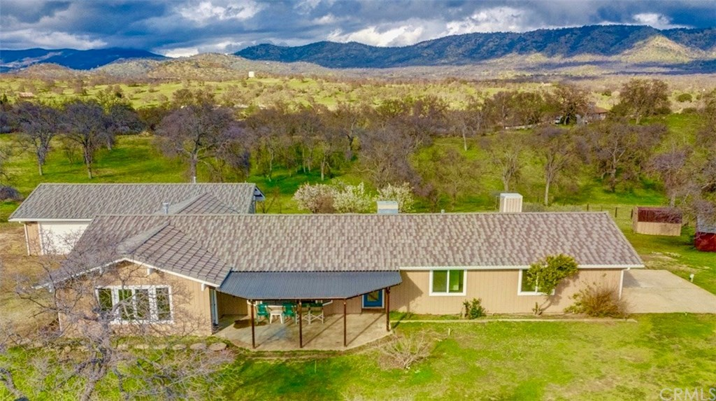 Photo for 5016 Creek Front Road, Catheys Valley, CA 95306 (MLS # MP19094854)