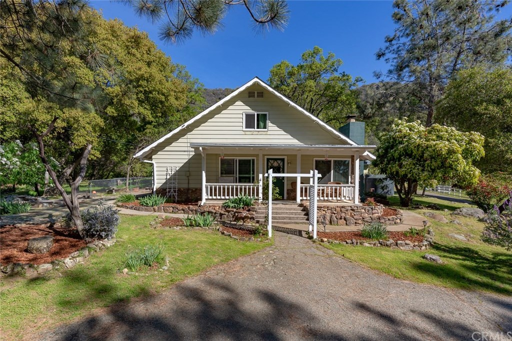 Photo for 4504 Triangle Road, Mariposa, CA 95338 (MLS # MP19095165)