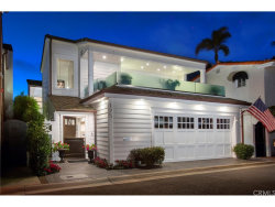 Photo of 125 Via Mentone, Newport Beach, CA 92663 (MLS # NP18228053)