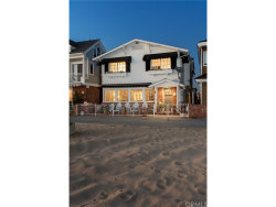 Photo of 212 E Oceanfront, Newport Beach, CA 92661 (MLS # NP18252717)