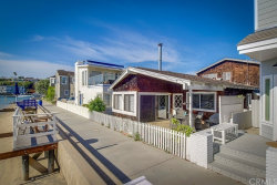 Photo of 322 Grand Canal, Newport Beach, CA 92662 (MLS # OC17109540)