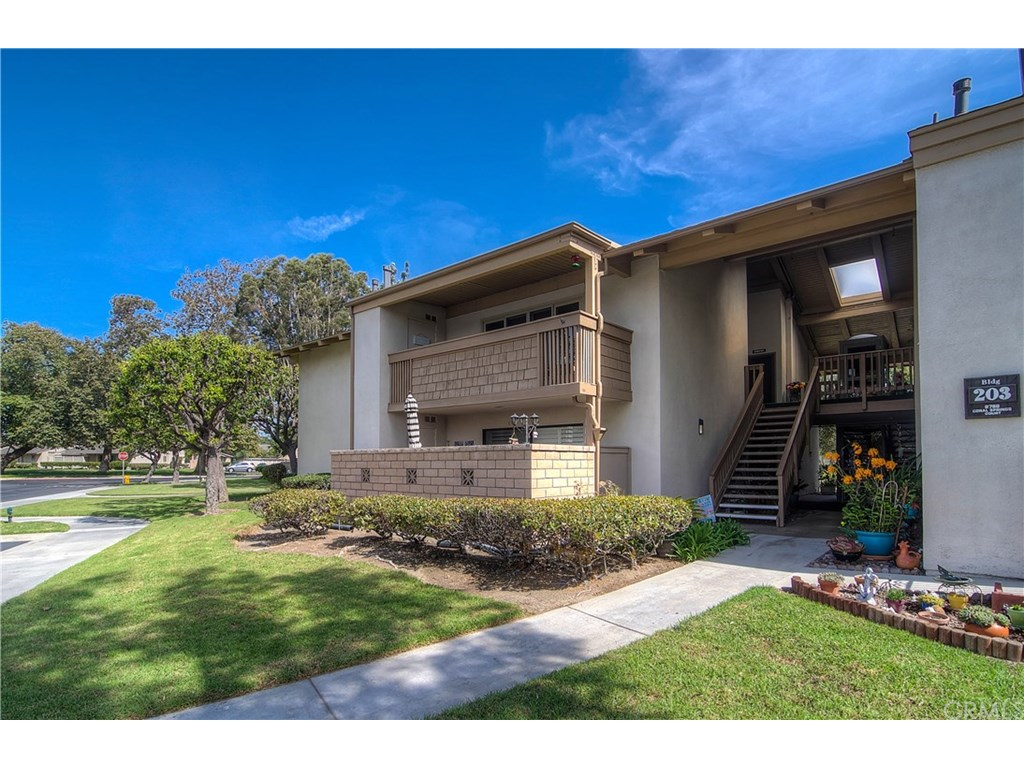 Photo for 8788 Coral Springs Court , Unit 203A, Huntington Beach, CA 92646 (MLS # OC17224447)