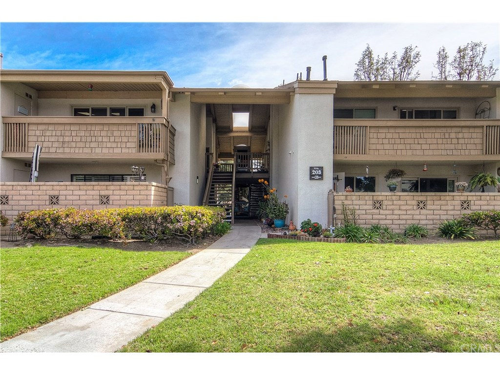 Photo for 8788 Coral Springs Court , Unit 203F, Huntington Beach, CA 92646 (MLS # OC18086248)