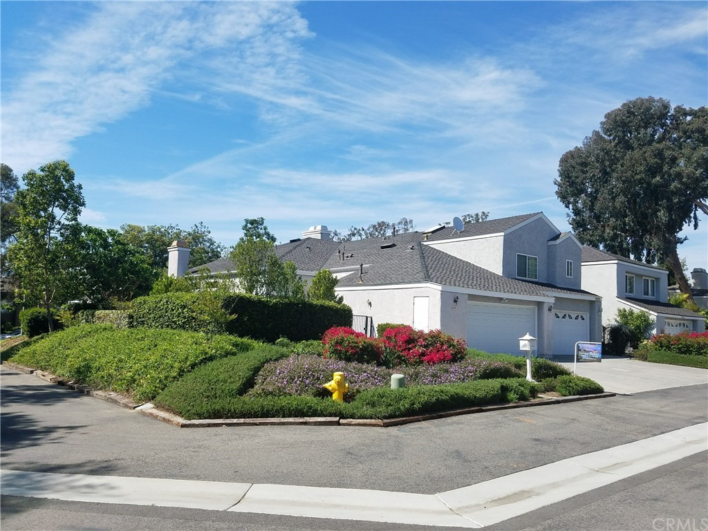 Photo for 22781 Bayfront Lane, Lake Forest, CA 92630 (MLS # OC18110286)