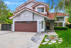 Photo of 22572 Hickory Place, Saugus, CA 91390 (MLS # OC19121306)