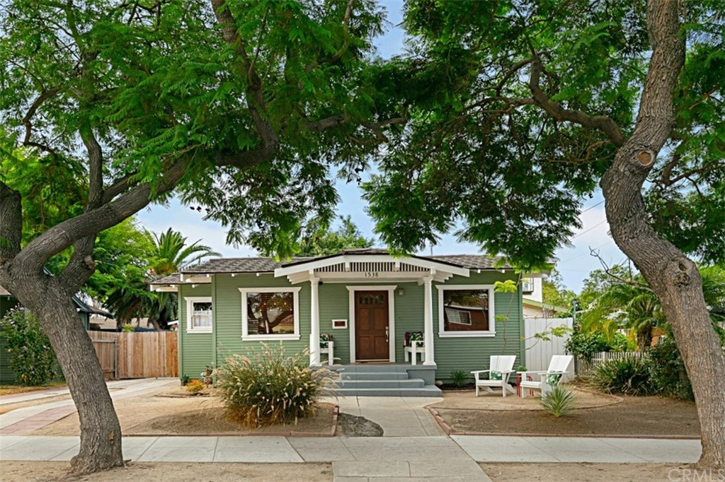 Photo for 1538 E Hellman Street, Long Beach, CA 90813 (MLS # OC19216435)