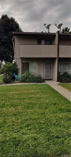 Photo of 521 S Lyon Street, Unit 60, Santa Ana, CA 92701 (MLS # OC20222281)