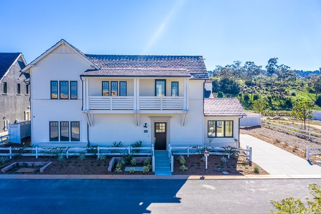 Photo for 30 Bixby Ranch Road, Rolling Hills Estates, CA 90274 (MLS # PV18169909)