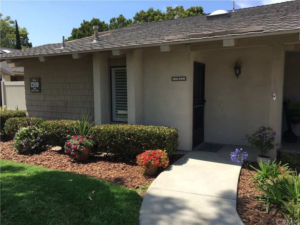 Photo for 8932 Modesto Circle , Unit 1209A, Huntington Beach, CA 92646 (MLS # PW17129875)