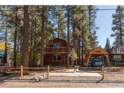 Photo of 820 E Country Club Boulevard, Big Bear, CA 92314 (MLS # PW17239242)