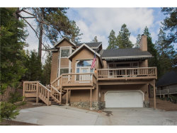 Photo of 525 Grass Valley Road, Lake Arrowhead, CA 92352 (MLS # PW18254006)