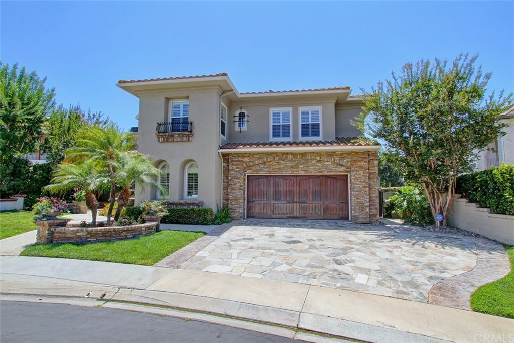 Photo for 10 Wellbrook Place, Coto de Caza, CA 92679 (MLS # PW19179546)