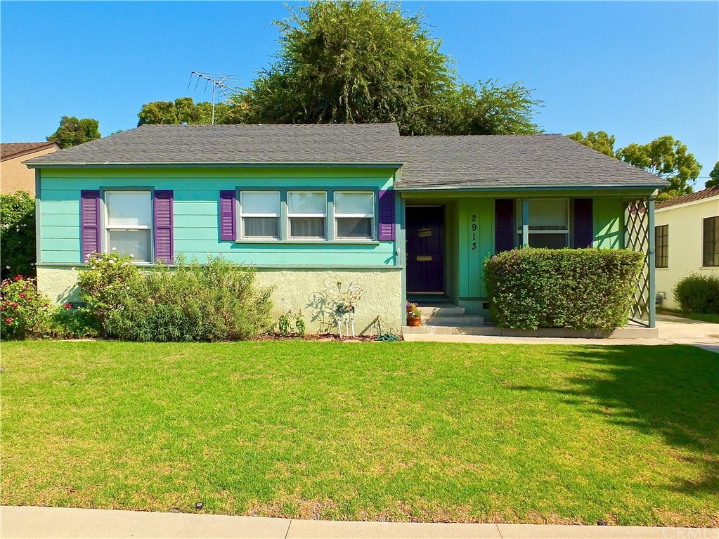 Photo for 2913 Allred Street, Lakewood, CA 90712 (MLS # PW19212366)