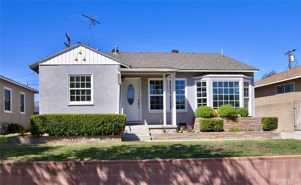 Photo for 6303 Henrilee Street, Lakewood, CA 90713 (MLS # PW19228877)