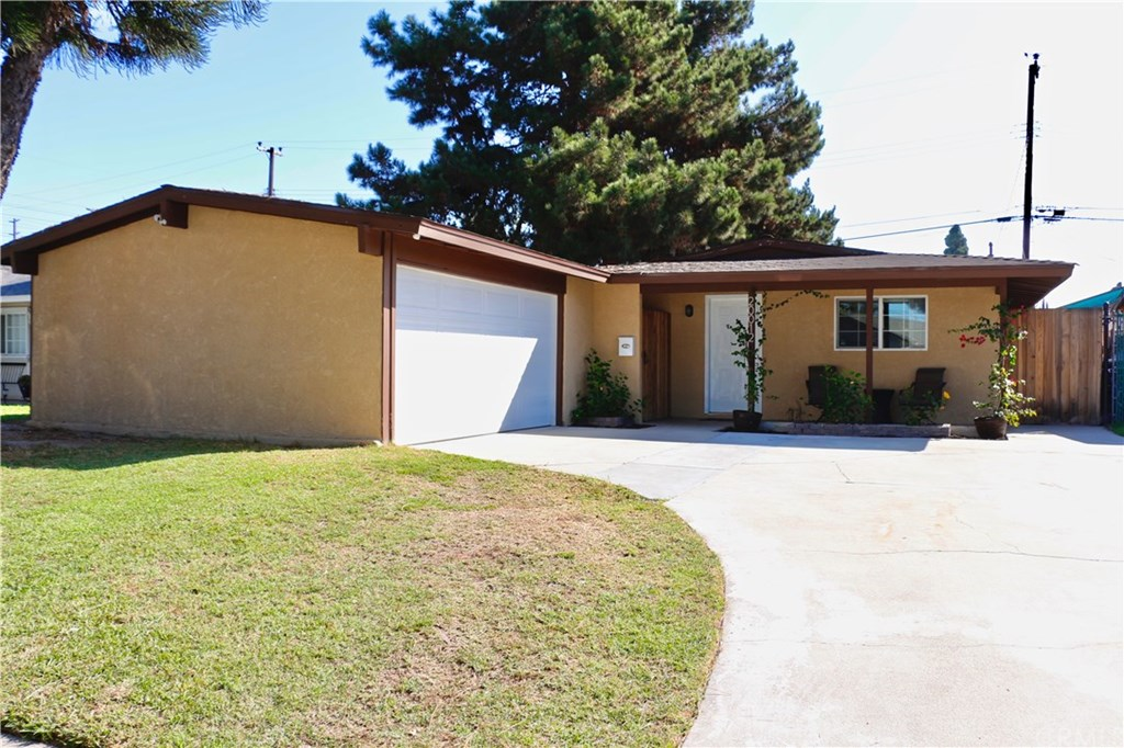 Photo for 20012 Jersey Avenue, Lakewood, CA 90715 (MLS # PW19237086)