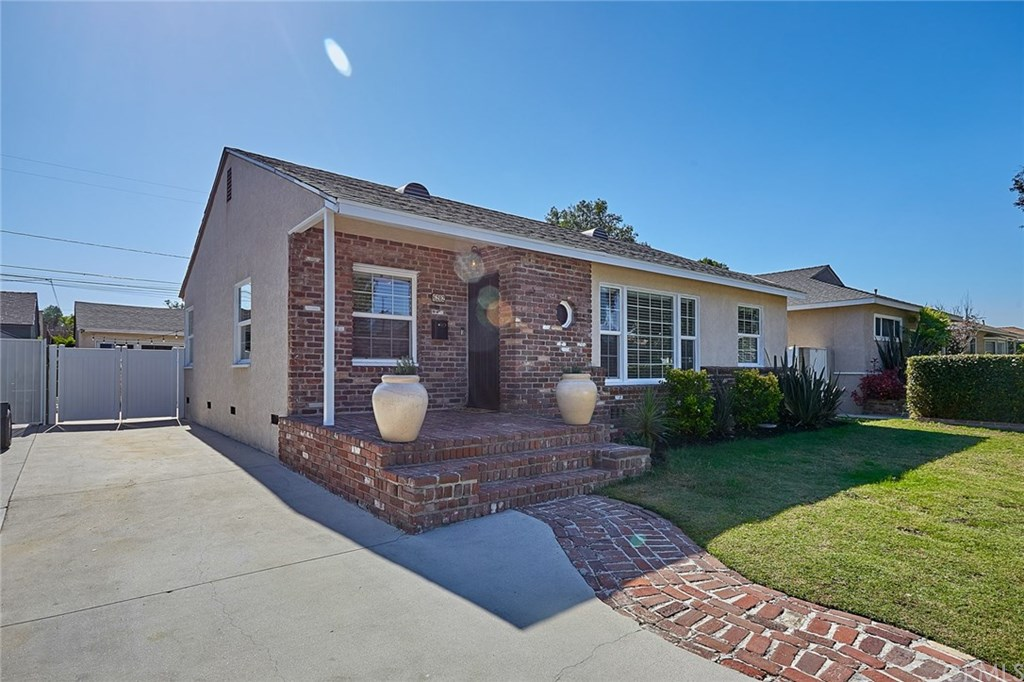 Photo for 6202 Village Road, Lakewood, CA 90713 (MLS # PW19256218)