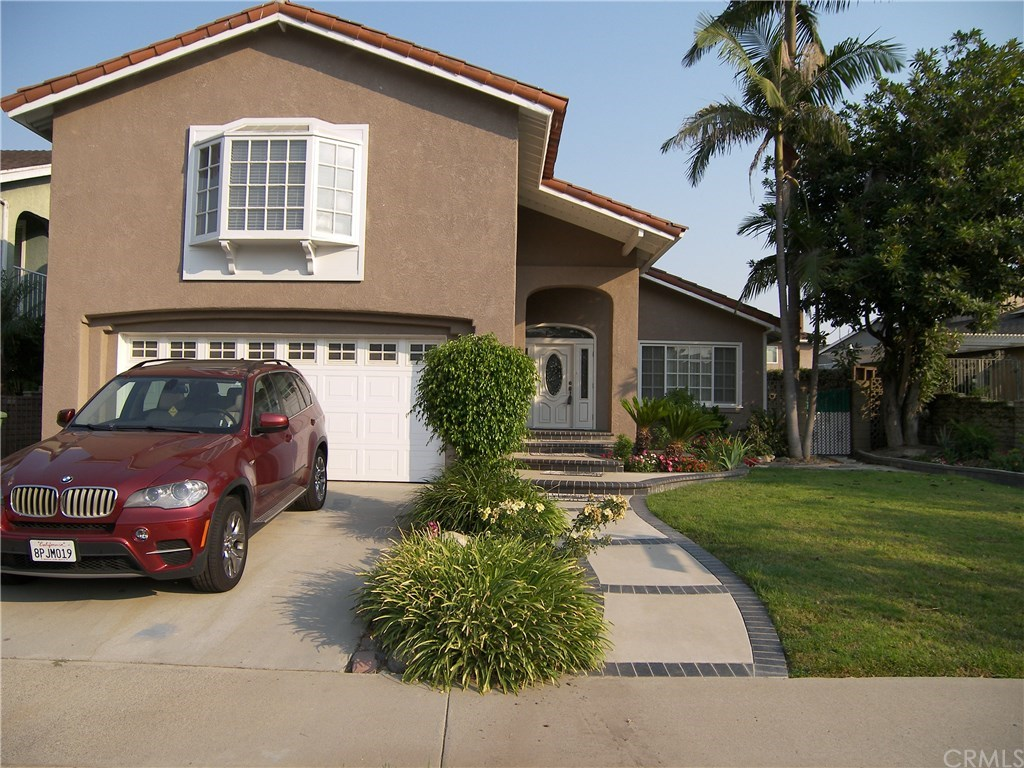 Photo for 3692 Toland Ave, Los Alamitos, CA 90720 (MLS # PW19266321)