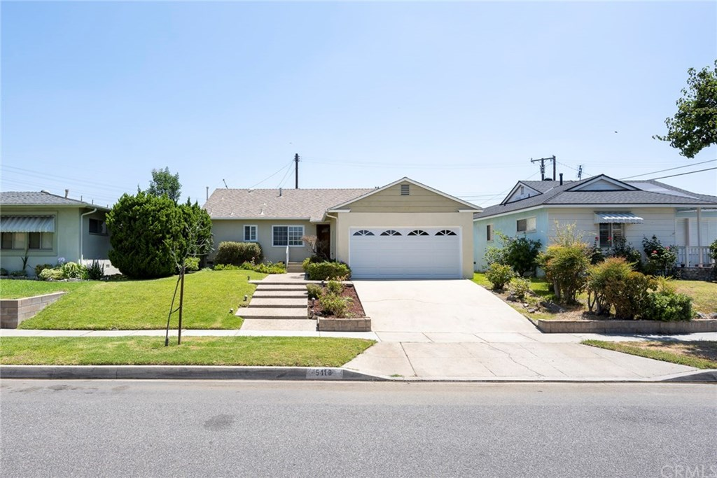 Photo for 5118 Carfax Avenue, Lakewood, CA 90713 (MLS # PW20141550)