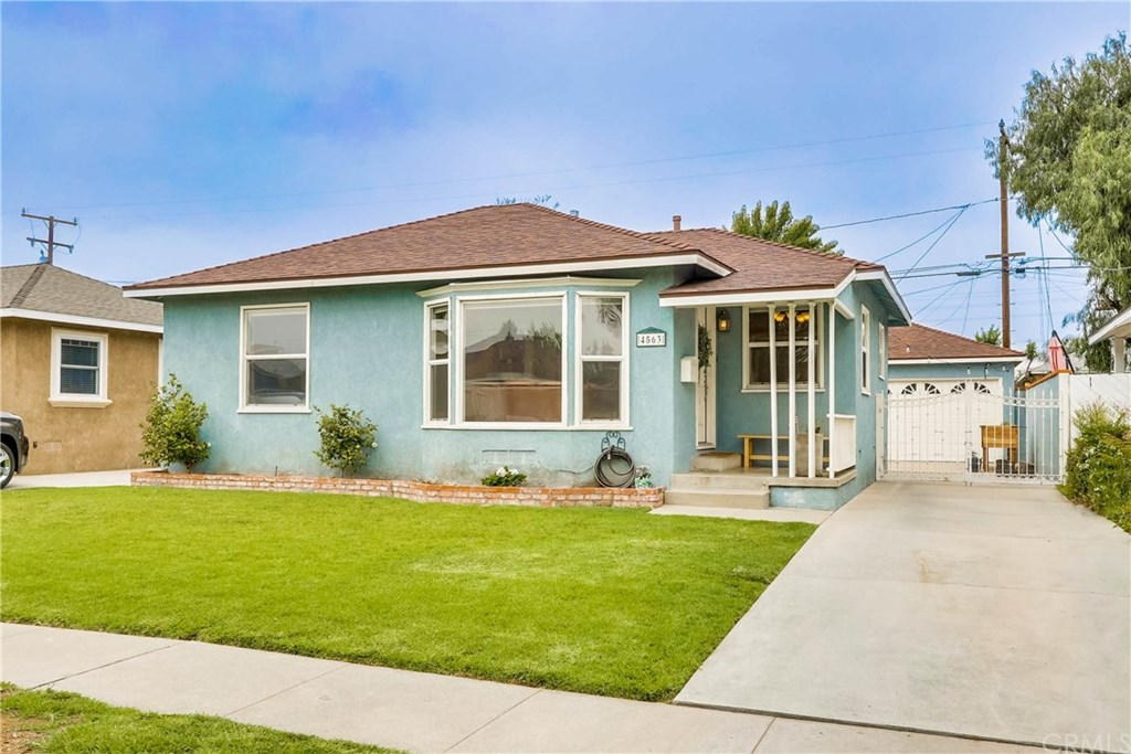 Photo for 4563 Iroquois Avenue, Lakewood, CA 90713 (MLS # PW20151012)