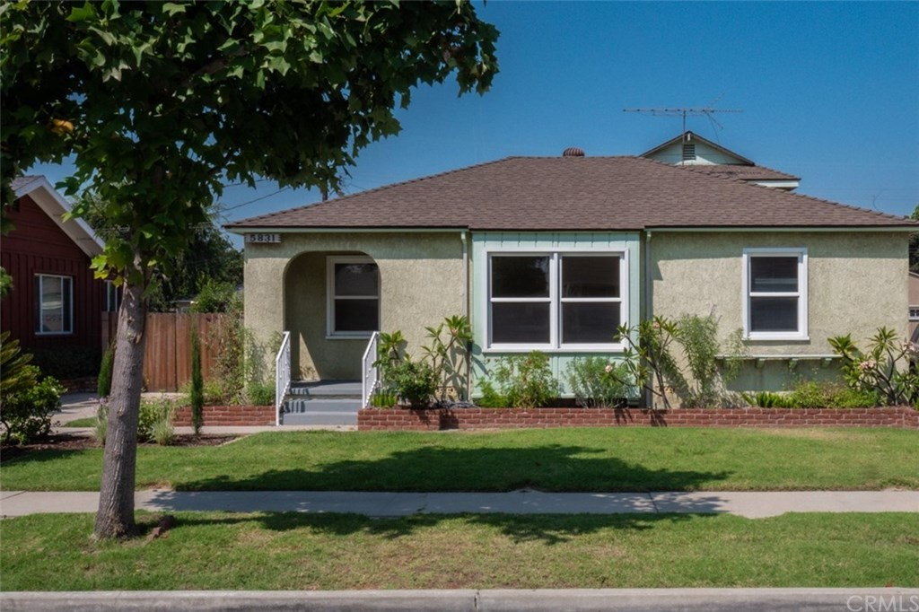 Photo for 5831 Blackthorne Avenue, Lakewood, CA 90712 (MLS # PW20170215)