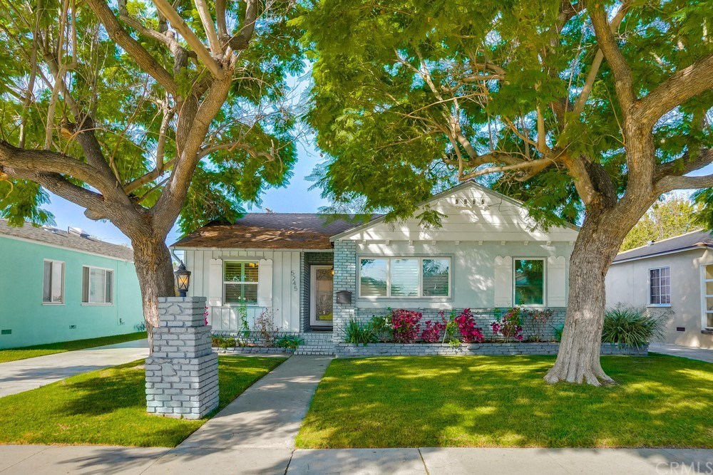 Photo for 5245 Minturn Avenue, Lakewood, CA 90712 (MLS # PW20215949)