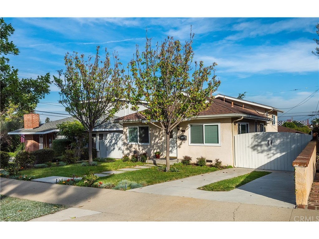 Photo for 438 Maryland Street, El Segundo, CA 90245 (MLS # SB19027393)