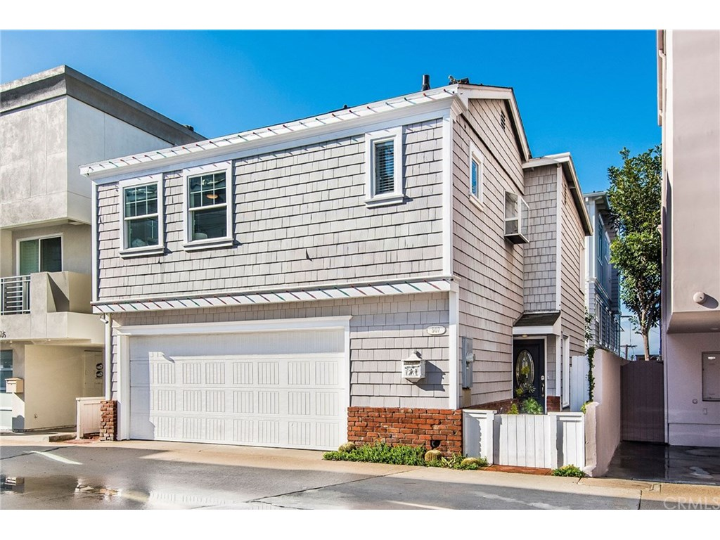 Photo for 507 Crest Drive, Manhattan Beach, CA 90266 (MLS # SB19031046)
