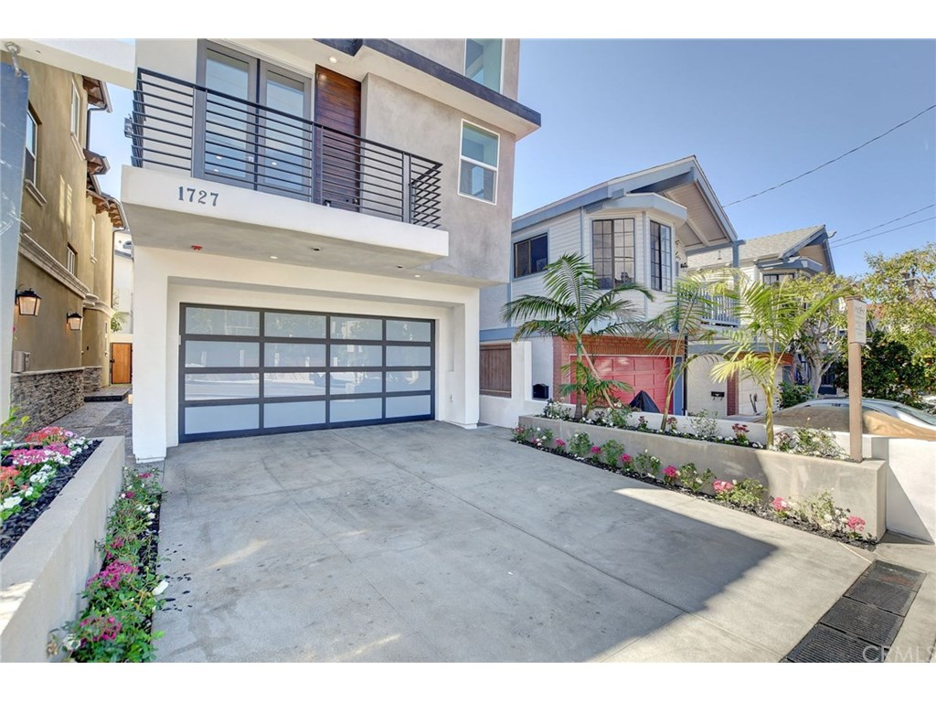 Photo for 1727 Ford Avenue, Redondo Beach, CA 90278 (MLS # SB19053743)