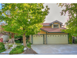 Photo of 28779 Greenwood Place, Castaic, CA 91384 (MLS # SR17216957)