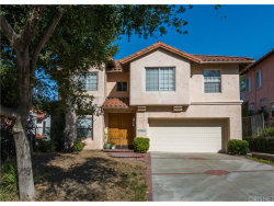 Photo of 23823 Valley Oak Court, Newhall, CA 91321 (MLS # SR17238580)