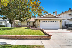 Photo of 27418 Dolton Drive, Canyon Country, CA 91351 (MLS # SR17240301)