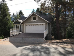 Photo of 27306 Pinewood Drive, Lake Arrowhead, CA 92352 (MLS # SR17272591)