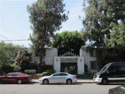 Photo of 18620 Hatteras Street , Unit 127, Tarzana, CA 91356 (MLS # SR18028012)