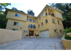 Photo of 11456 Decente Court, Studio City, CA 91604 (MLS # SR18048784)