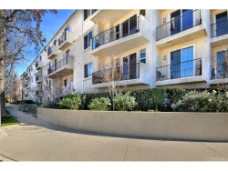 Photo of 14412 Killion Street , Unit 405, Sherman Oaks, CA 91401 (MLS # SR18057106)