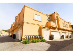 Photo of 18826 Vista Del Canon , Unit F, Newhall, CA 91321 (MLS # SR18058431)