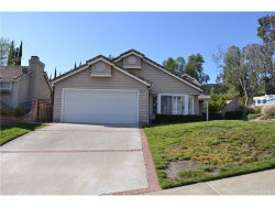 Photo of 28670 Meadowgrass Drive, Castaic, CA 91384 (MLS # SR18082902)