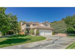 Photo of 18320 Avocet Court, Canyon Country, CA 91387 (MLS # SR18159273)