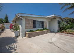 Photo of 8759 Cantaloupe Avenue, Panorama City, CA 91402 (MLS # SR18198032)