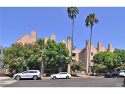 Photo of 10629 Woodbridge Street , Unit 102, Toluca Lake, CA 91602 (MLS # SR18215467)