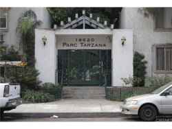 Photo of 18620 Hatteras Street , Unit 171, Tarzana, CA 91356 (MLS # SR18231441)
