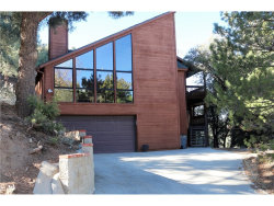 Photo of 1835 Zermatt Drive, Pine Mtn Club, CA 93222 (MLS # SR18289451)