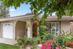 Photo of 18901 Circle Of The Oaks, Newhall, CA 91321 (MLS # SR19094900)