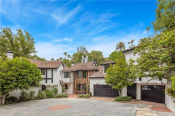 Photo of 16881 Oak View Drive, Encino, CA 91436 (MLS # SR19161655)