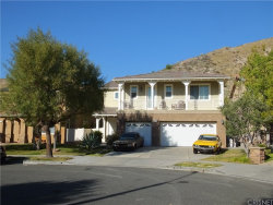 Photo of 15707 Alia, Canyon Country, CA 91387 (MLS # SR20028112)