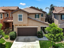 Photo of 27639 Auburn Court, Canyon Country, CA 91351 (MLS # SR20091651)